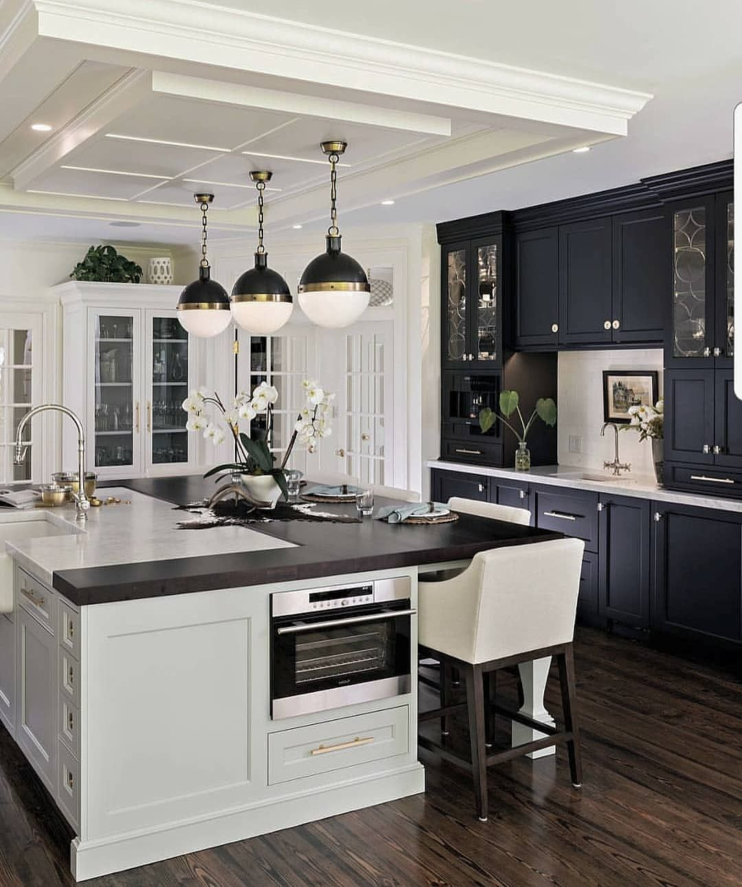 White Black Kitchen Design Ideas: Stunning Black & White Cabinetry!... . By Roomscapes