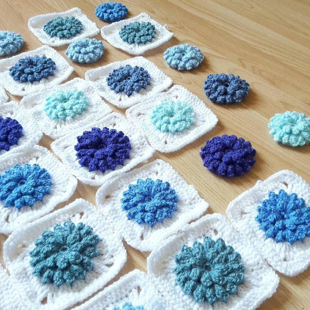 Almost done making squares  #crochet #babyblanket #grannysquare #stylecraftspecialdk #blanket #crochetlove #wip #crochetafghan #popcornflower #crochetaddict by kaidalyspapercuts