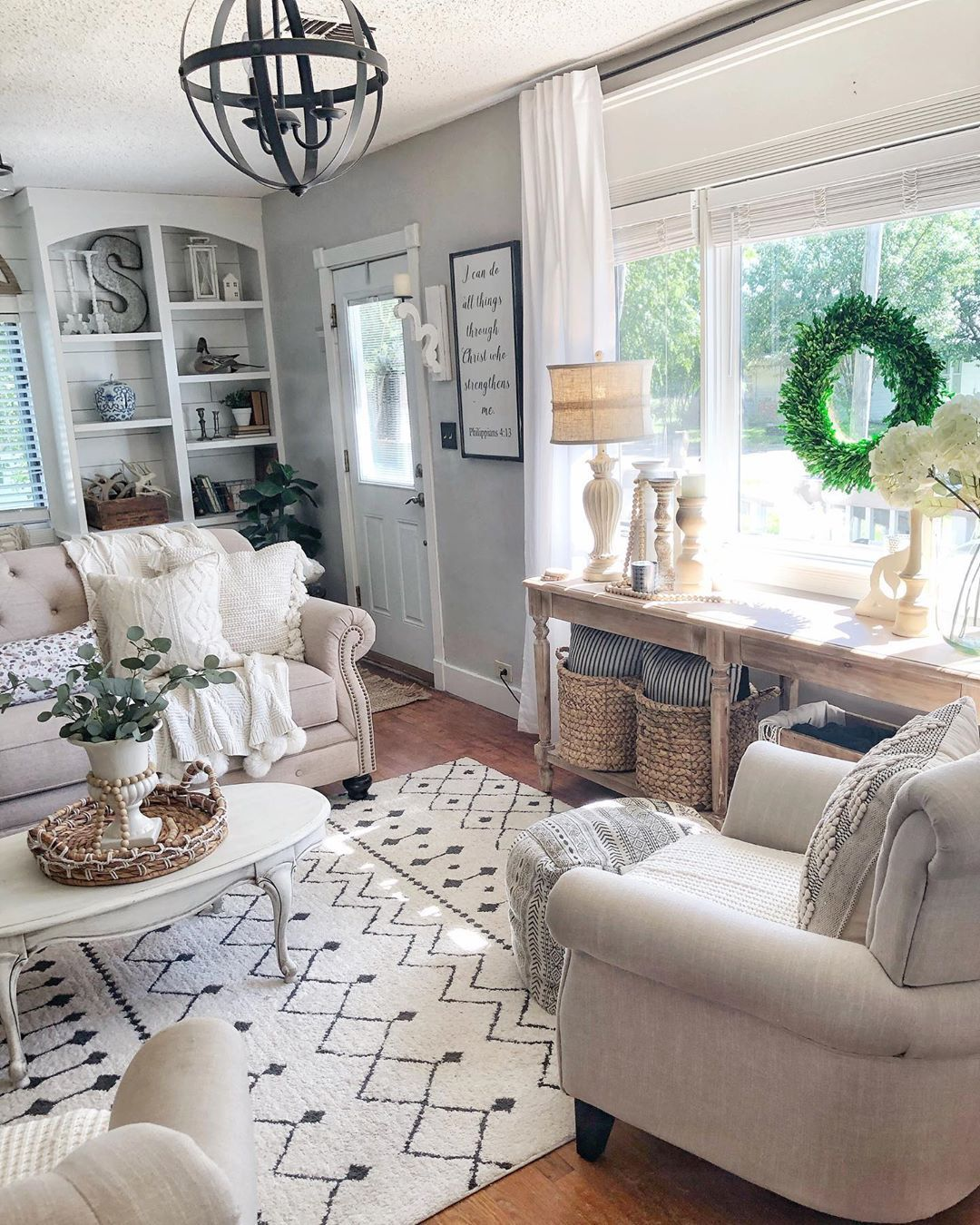 We Love The Openness Of Rustic Sparkle Living Room With A Gorgeous Front Window To Bring Living Room Window Decor Living Room Windows Farm House Living Room #window #designs #for #living #room