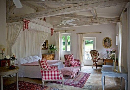Shabby charme una romantica maison de campagne nel sud for Interni di charme