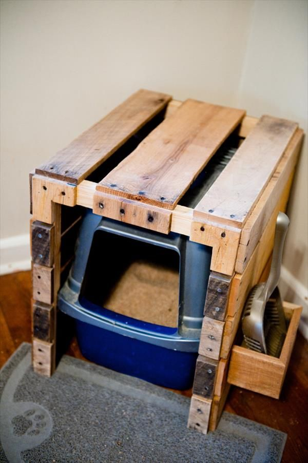DIY Pallet Litter Box With Scoop Holster (With images