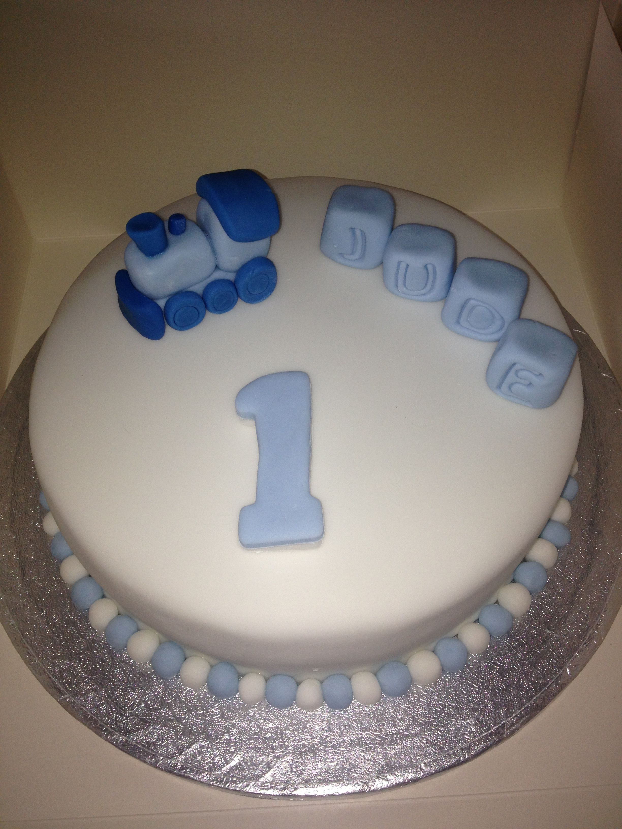 Train Birthday Cake For A One Year Old Boy Cake Pinterest