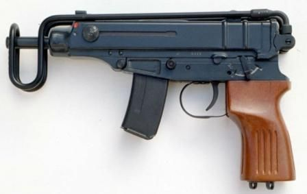 Scorpion SA Vz 61 submachine gun (Czechoslovakia / Czech
