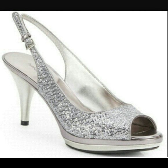 Silver Nine West Slingback Heels Beautiful Sparkly Heels Great For Any Occasion Worn Quite A Few Times Nine West Shoes Heel Heels Prom Heels Slingback Heel