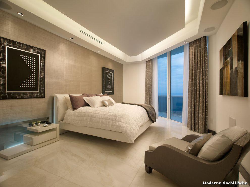 Moderne Nachttische Modern Schlafzimmer with Pitch Black Walls by