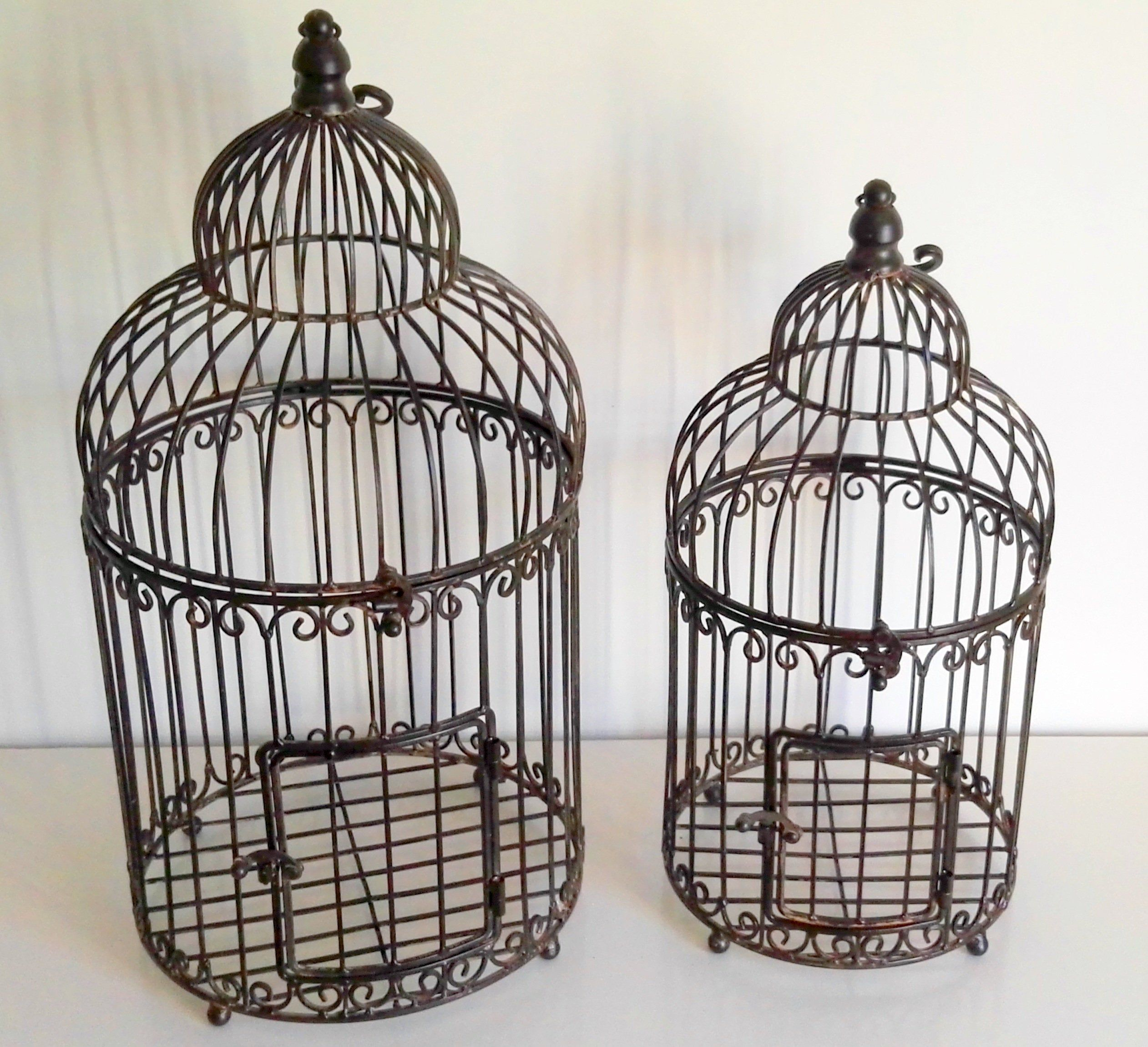 A set of 2 bird cages - decorative in garden or inside en