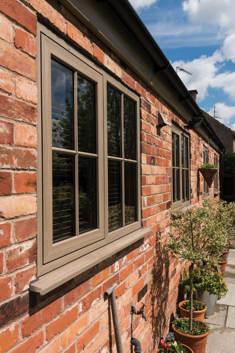 With Is Innovative Super Thermally Efficient Design Modus Locks Heat In Your Home A Great Way To Reduce Your Heating Bills Aside Windows Upvc Windows Upvc
