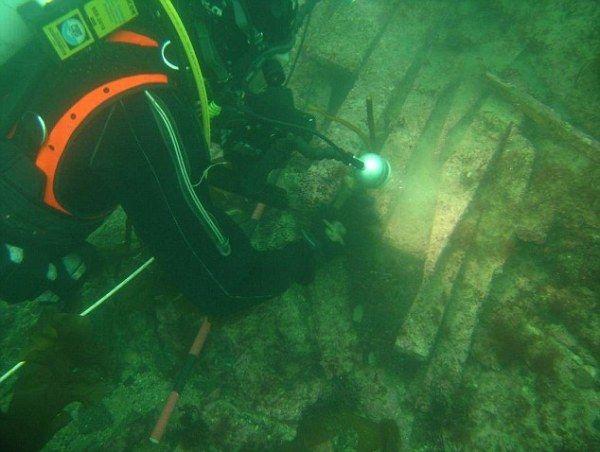 Descubren huellas de pisadas de hace 7.000 años en un antiguo bosque de la Atlántida británica - HISTORIA Y ARQUEOLOGIA