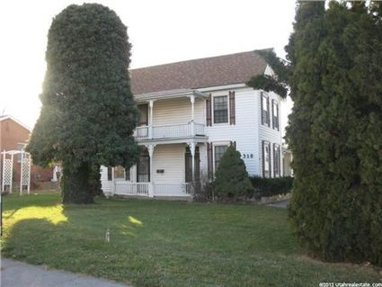 518 S Main St W Payson Utah 84651 Mls 1134872 Coldwell Banker Residential Brokerage Utahhomes Com Estate Homes Real Estate Local Real Estate