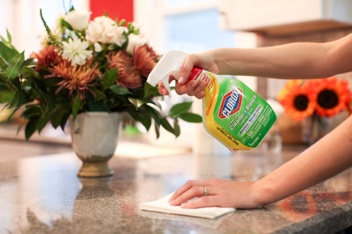 The party's over -- but the cleanup's just beginning! Get our post-party quick cleaning tips.