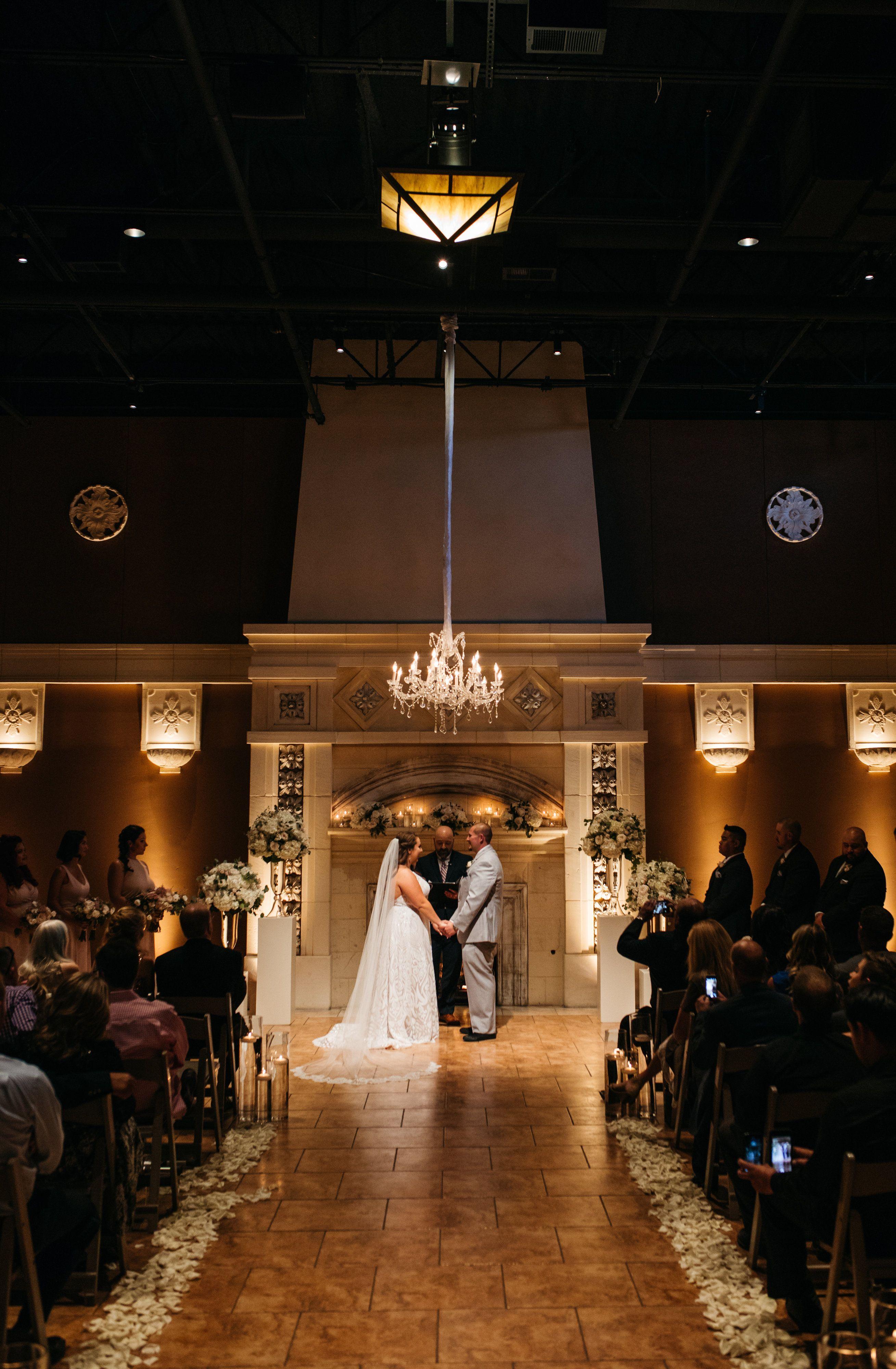 Dim Lights Are The Key To A Romantic Vibe Dim Lighting Lights
