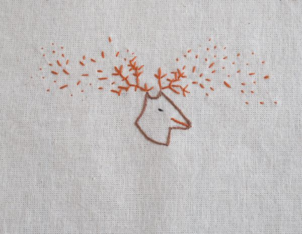 bordados: bordados a mano // handmade embroidery - ciervo