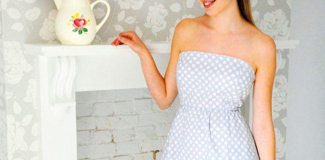 Photo of Schulterfreies Kleid mit Rüschennähten, gestrickt und gehäkelt