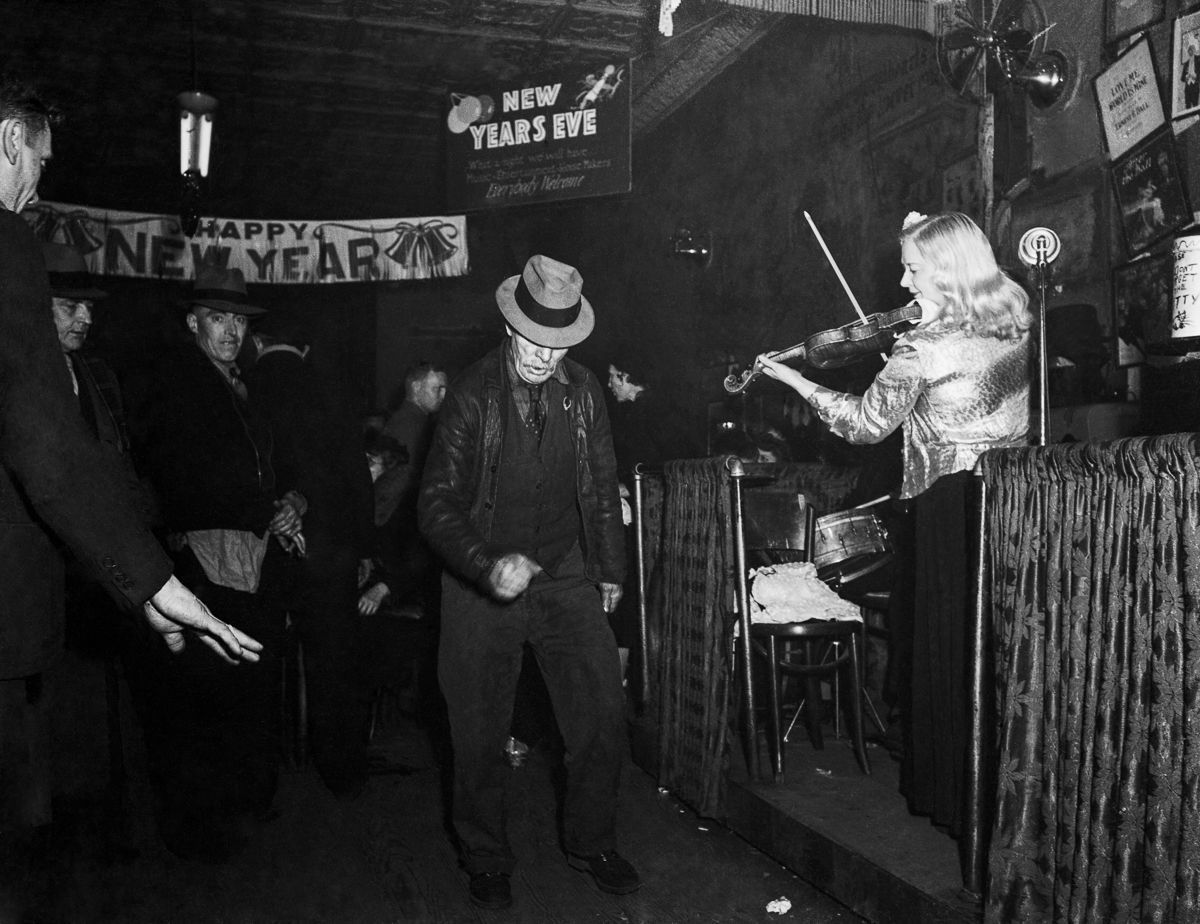 Inside Sammy's Bowery Follies, the scuzziest, greatest dive bar of all time