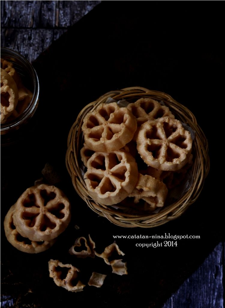 Antari Kembang Goyang Makanan Kue Camilan Kue Kering
