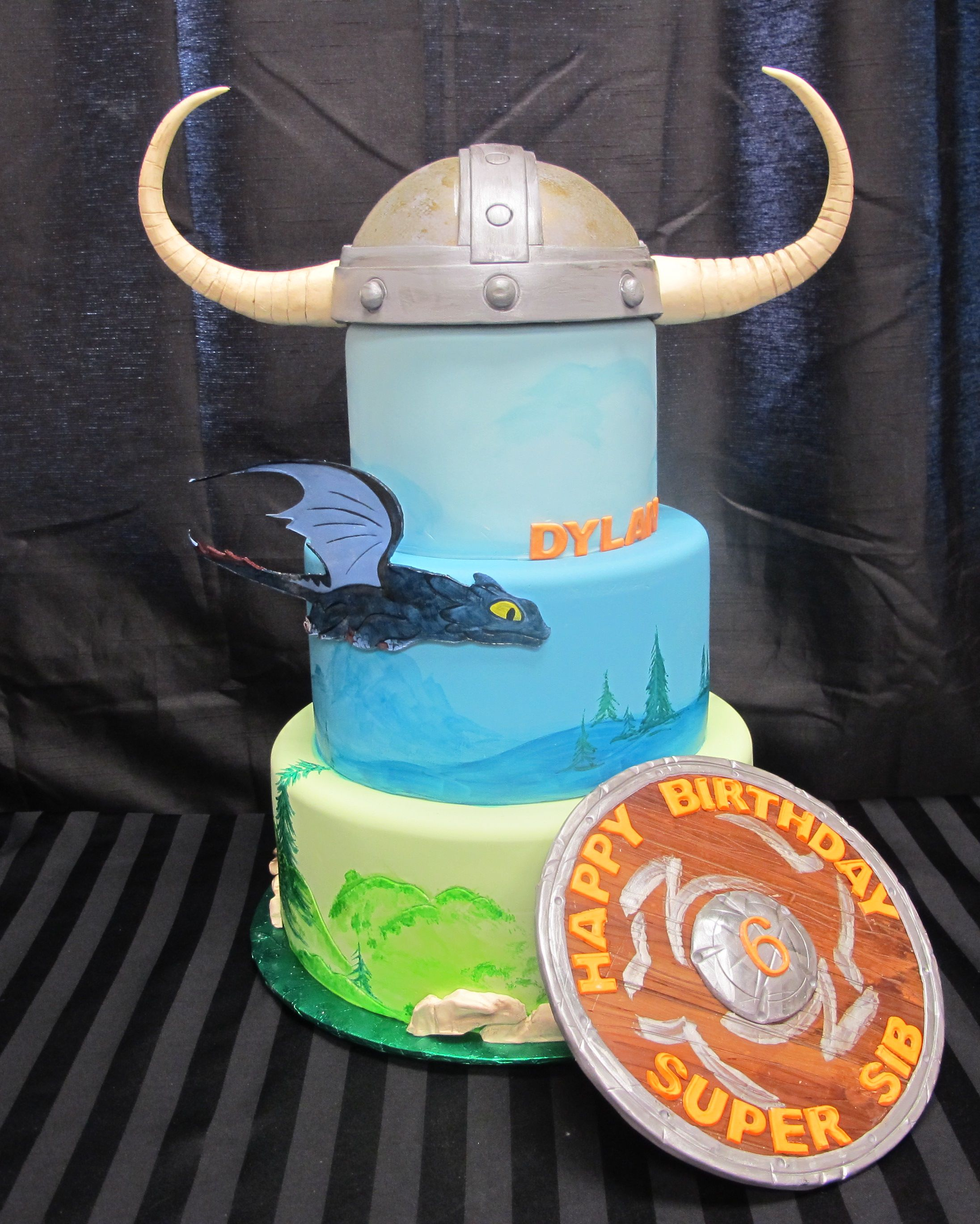 How to train your dragon cake by Intricate Icings... ooh this might need some tweaking but a strong possibility