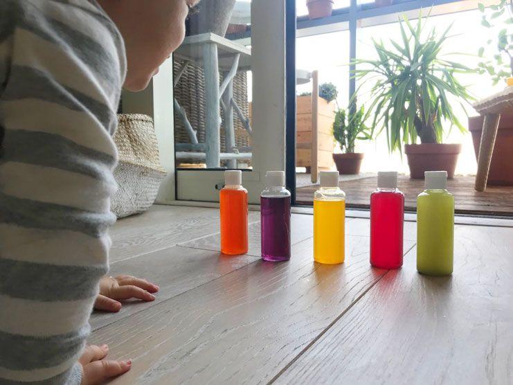 Montessori. Alexandre crée des jouets en bois pédagogiques