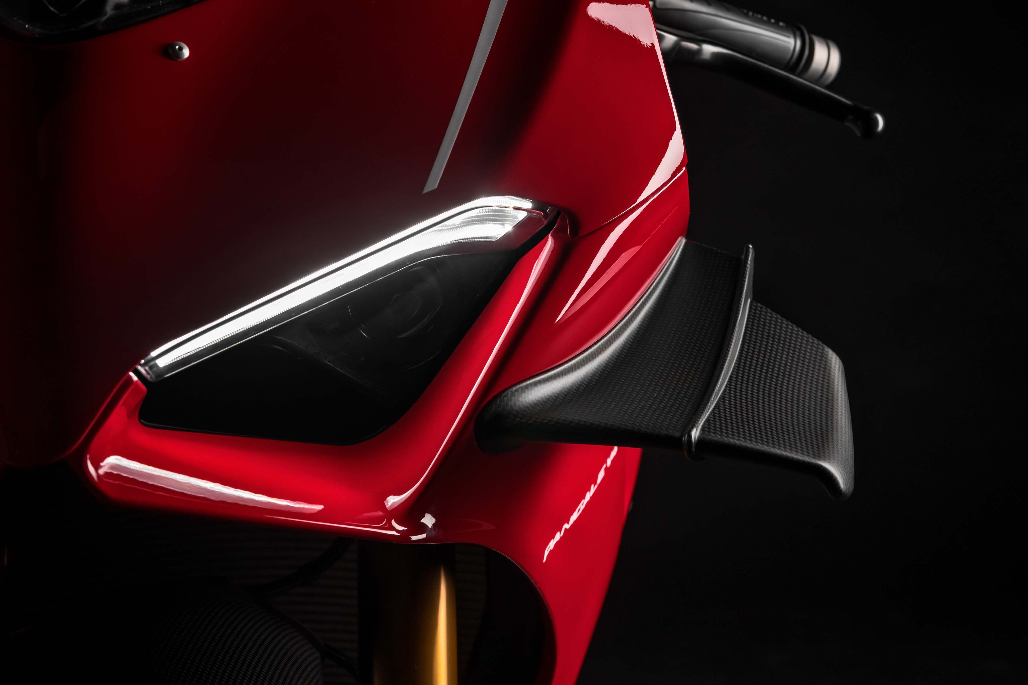 Ducati Panigale V4 R Debuts With 217hp Wings More Ducati