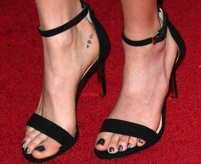 "9dee5fea20d60 Nikki Reed wearing stunning ankle-strap ""Keri"" sandals by Tory Burch ..."