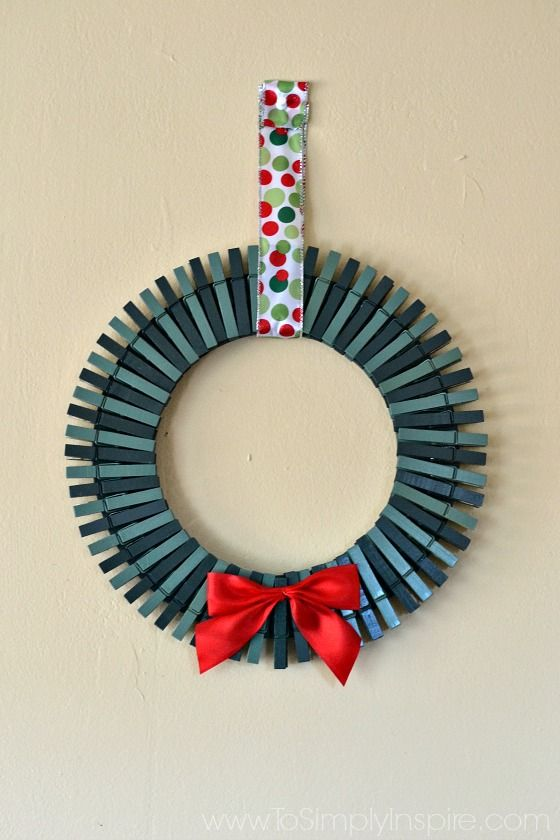 DIY Christmas Card Holder Wreath | Christmas Card Holders, DIY Christmas  And Photo Cards