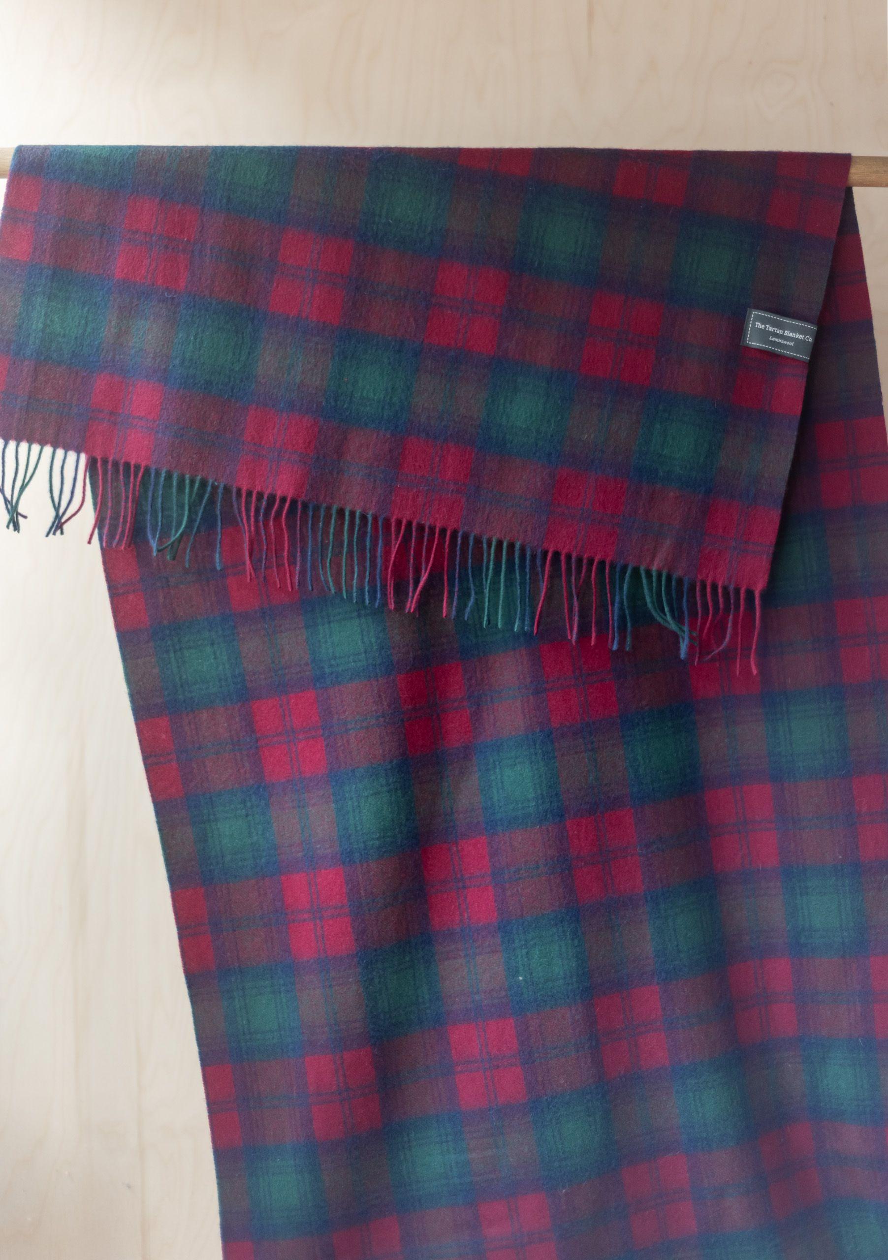 Lambswool Blanket Scarf in Lindsay Tartan