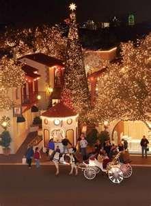 Highland Park Village Christmas Lights