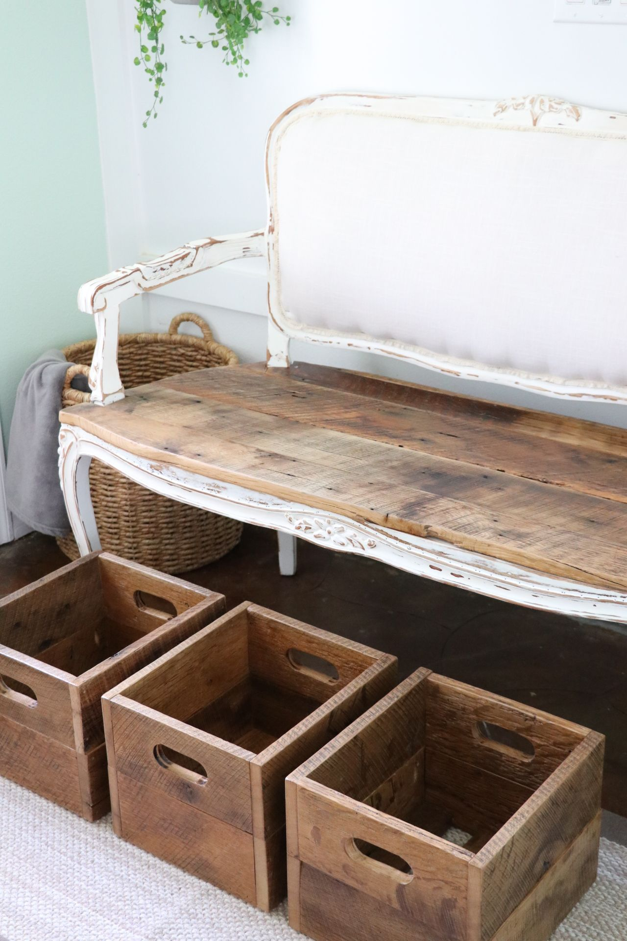 Farmhouse Entryway Bench with Storage Entryway bench