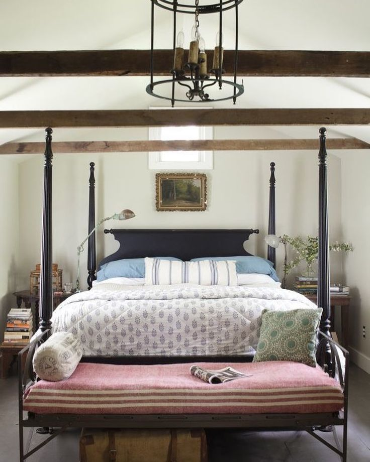 26 Beautiful Farmhouse Bedroom Inspirations to Follow in