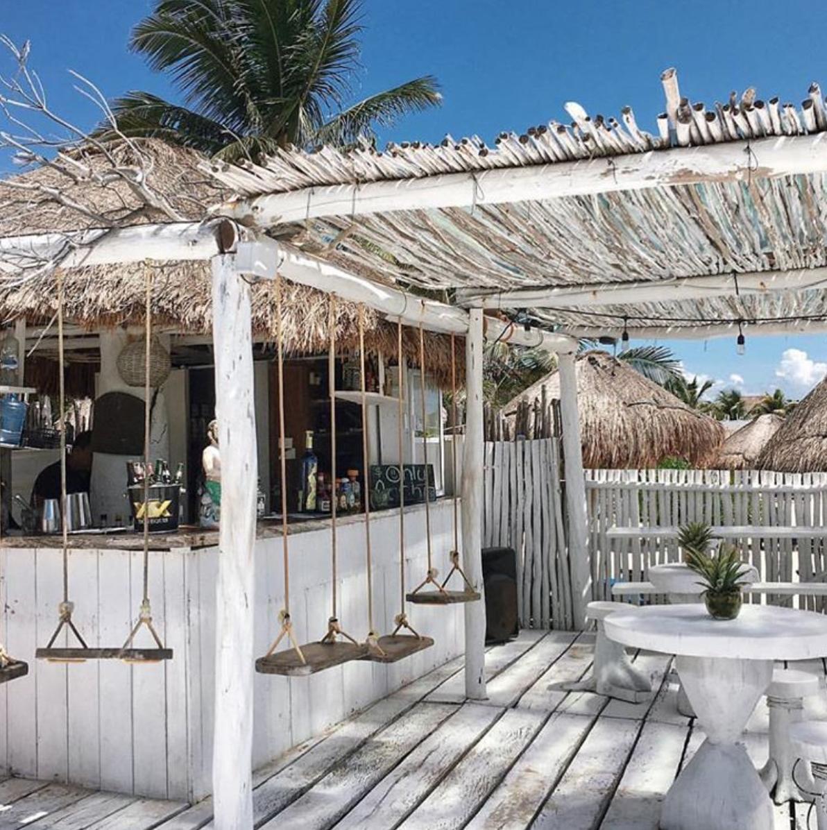 Coastal Pool House: Pin By Mila Randall On Lifestyle