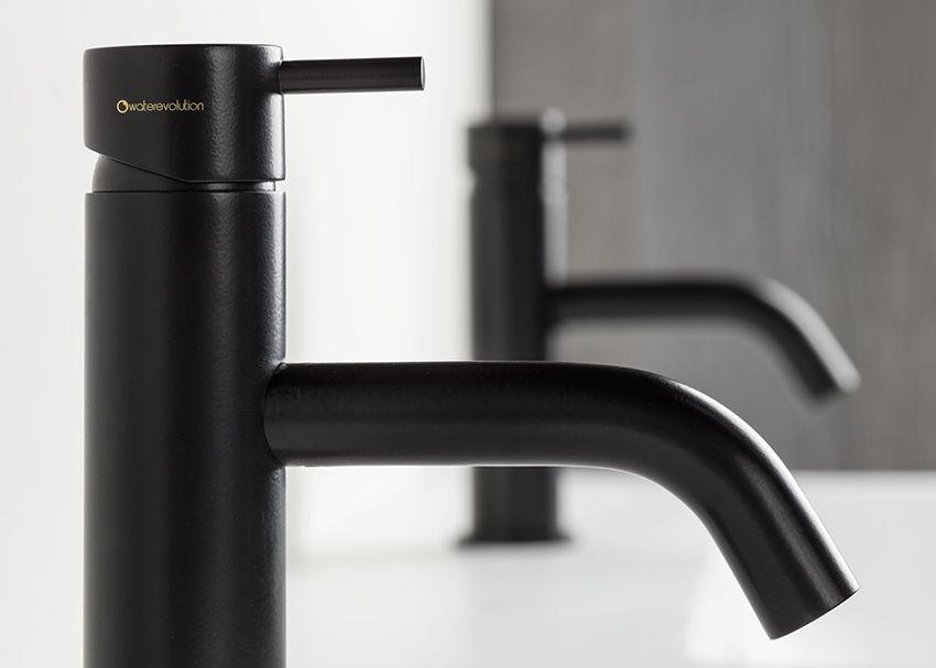 Water Evolution wastafelkraan zwart Toilettes Pinterest
