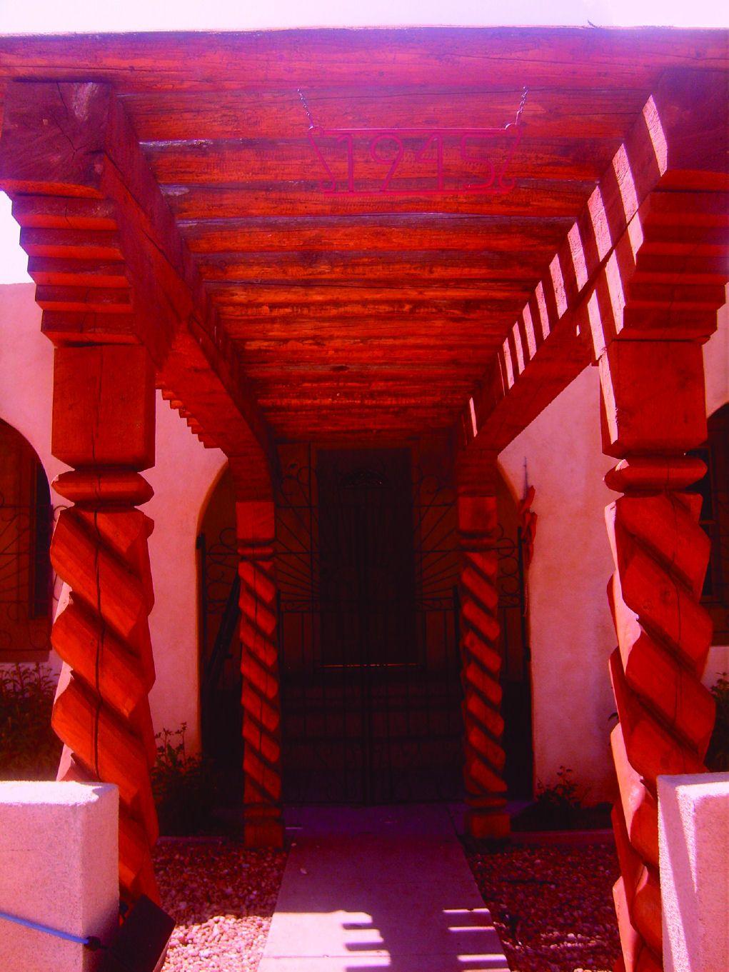Southwest Post Designs - Wood Posts, Vigas, Beams, Corbels, Mantels, Mailbox Posts, Pergolas, and Gazebos