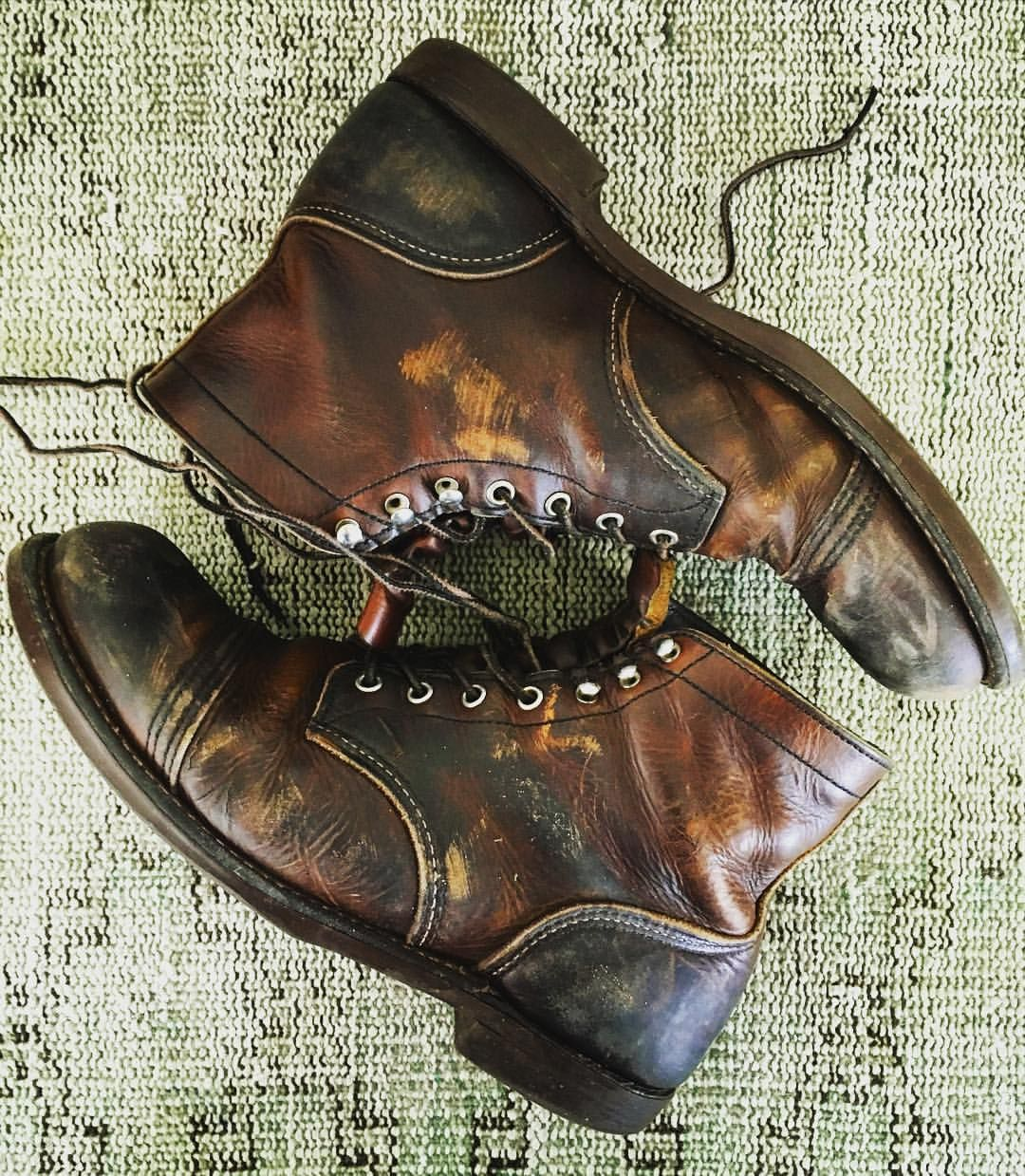 Red Wing Shoes Owners Club | industrialblues:   Scuffed 'n buffed! It's time...