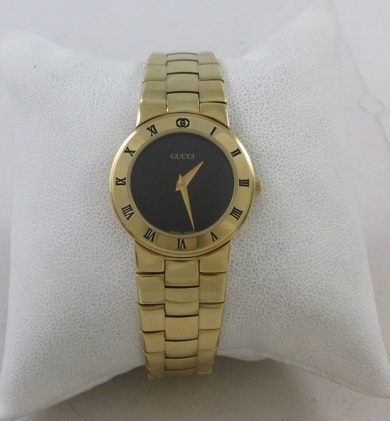 ae8077f61b8 NEW OLD STOCK GUCCI 3300.2.L GOLD TONE LADY S WRISTWATCH W  GUCCI BOX  Gucci