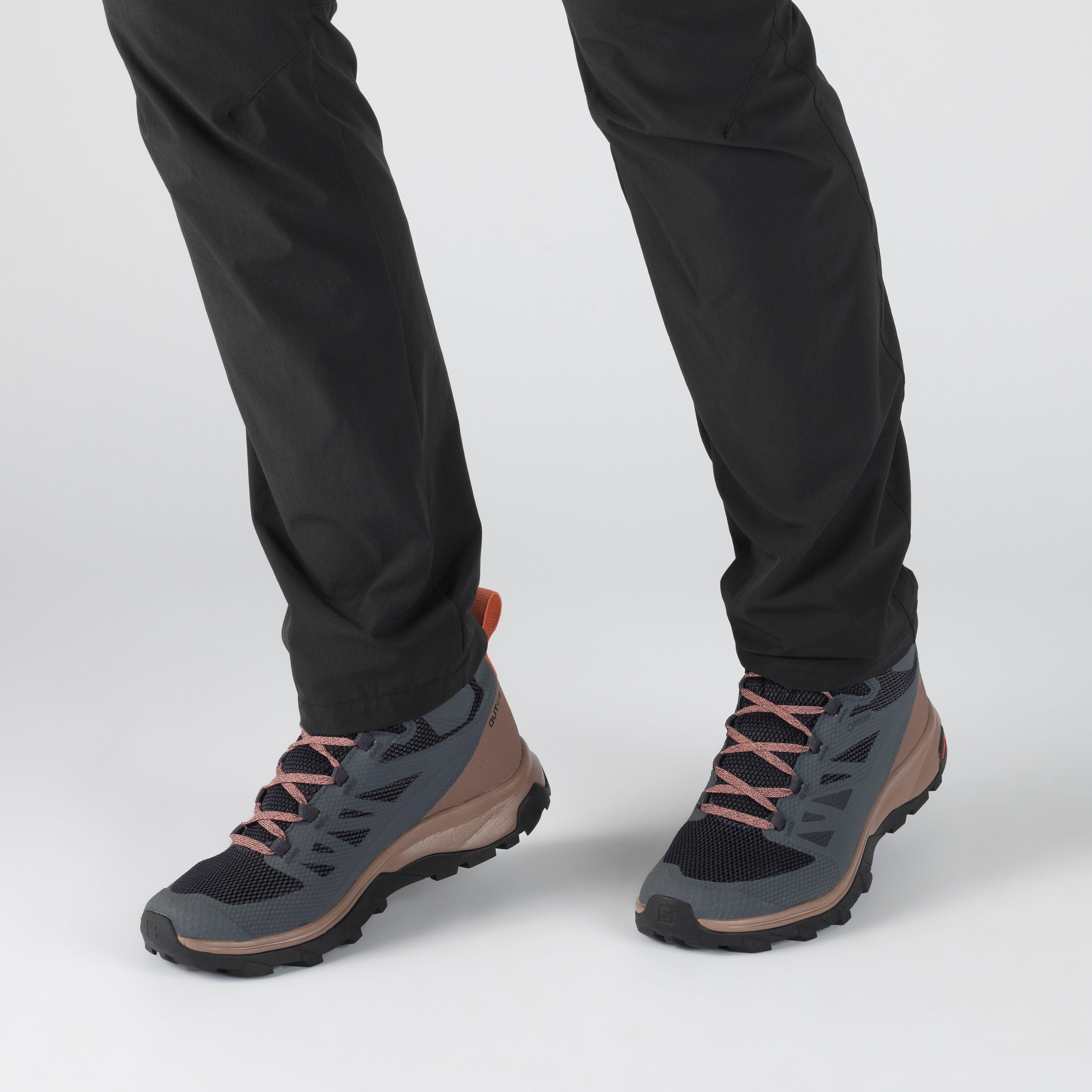 salomon outline mid gtx hiking boot - women's normal