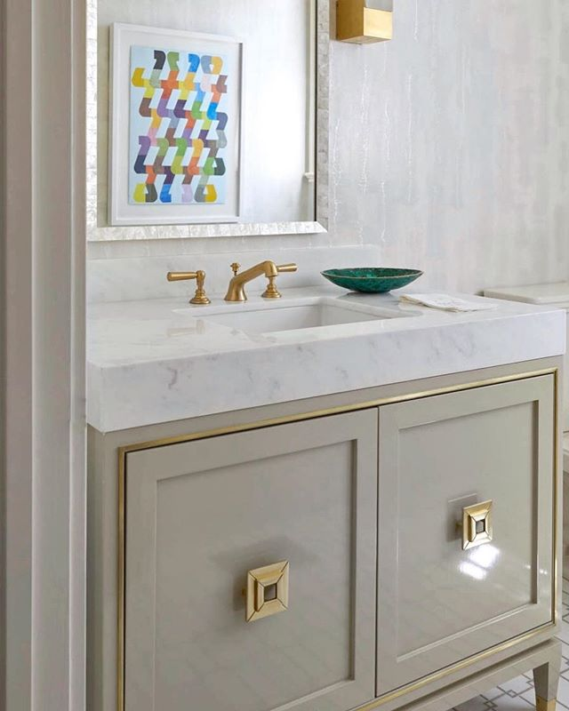 28++ White lacquer bathroom cabinets type