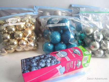 Ziplocs! My go-to Christmas storage tool!! Remodelaholic