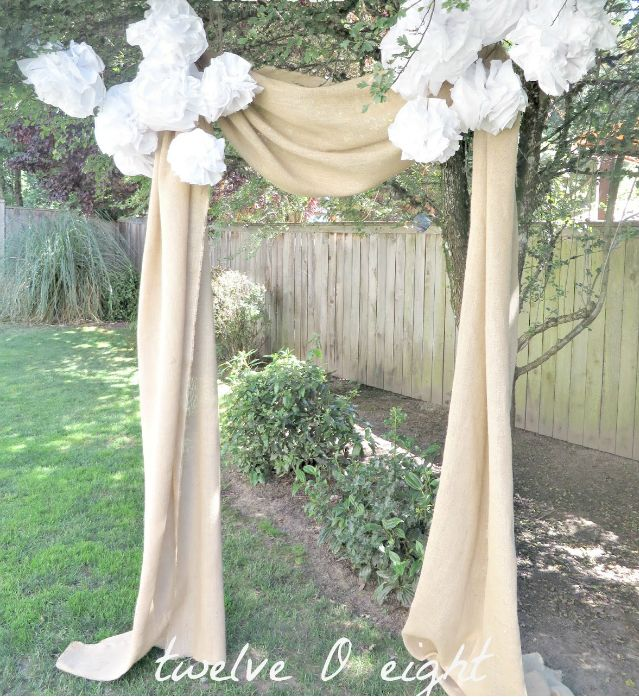 Rustic Wedding Arch With Burlap: DIY Romantic Outdoor Wedding Backdrop Ideas (With