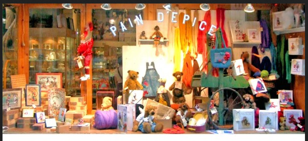 Pain d épice, passage Jouffroy Paris 9. Miniatures pour maison poupée,  vitrines en kit, doudous.... A voir en famille ! 1ad7a9a8a2f