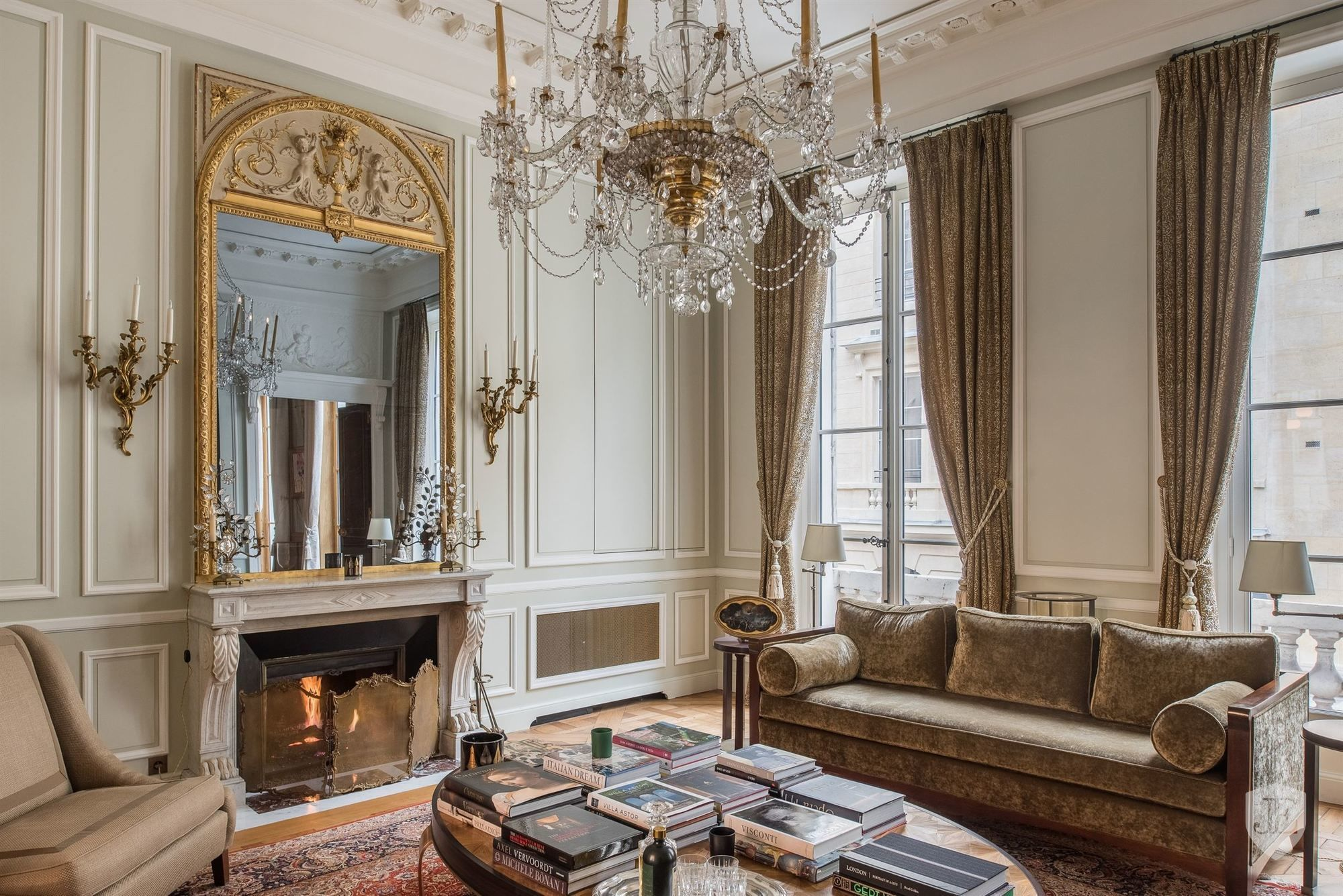 Odéon in PARIS France for sale on JamesEdition | Luxury ...