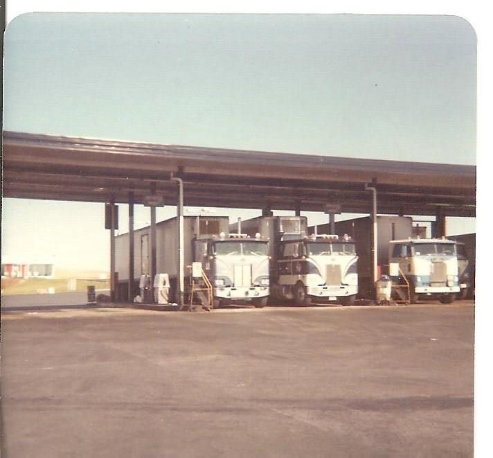 70 S Truck Stop With Images Antique Trucks Vintage Trucks
