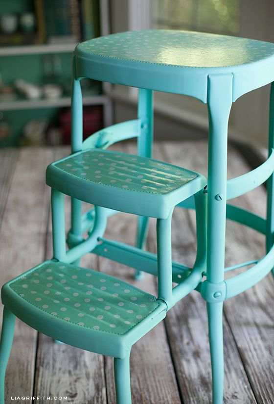 Vintage Stool Teal Oilcloth - I have one of these going to waste in my basement & DIY Upcycled Vintage Step Stool | Vintage stool Oilcloth and Stools islam-shia.org