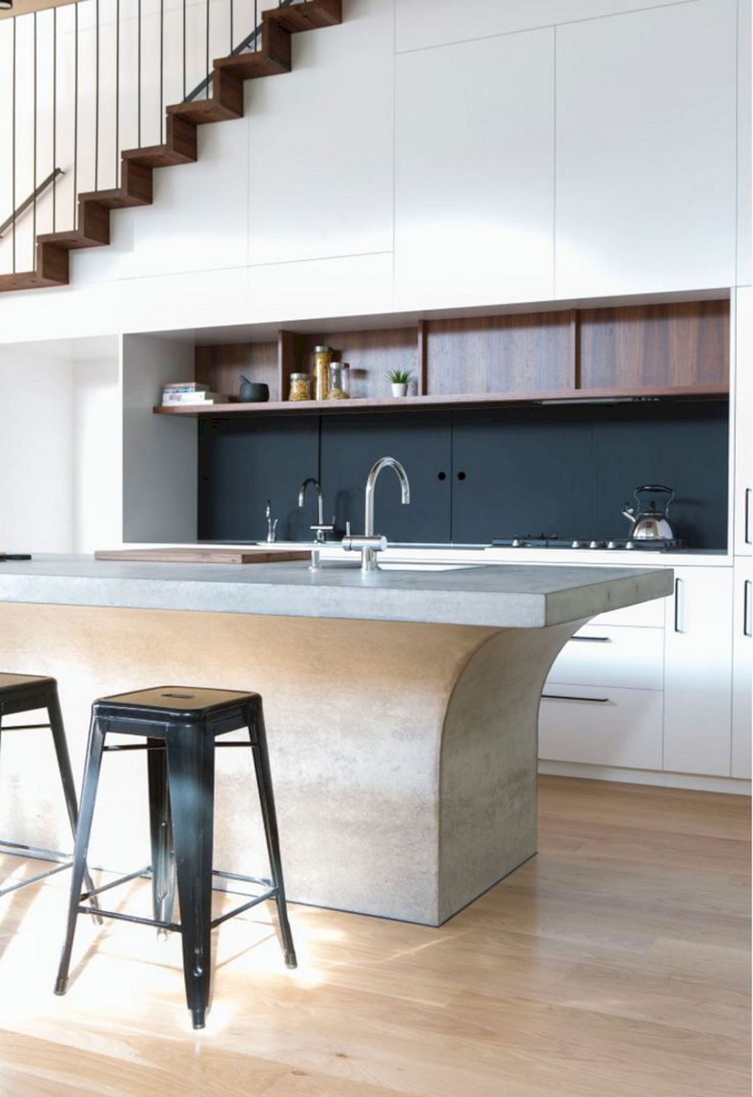 10 minimalist kitchen set design for under stairs you need to try freshouz com keukens on kitchen under stairs id=80990