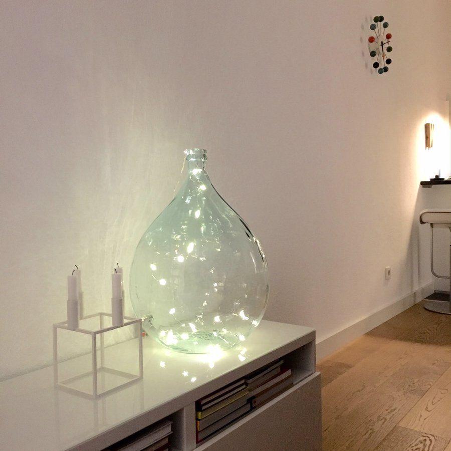 dekoideen mit weinballons entertaining lichterketten. Black Bedroom Furniture Sets. Home Design Ideas