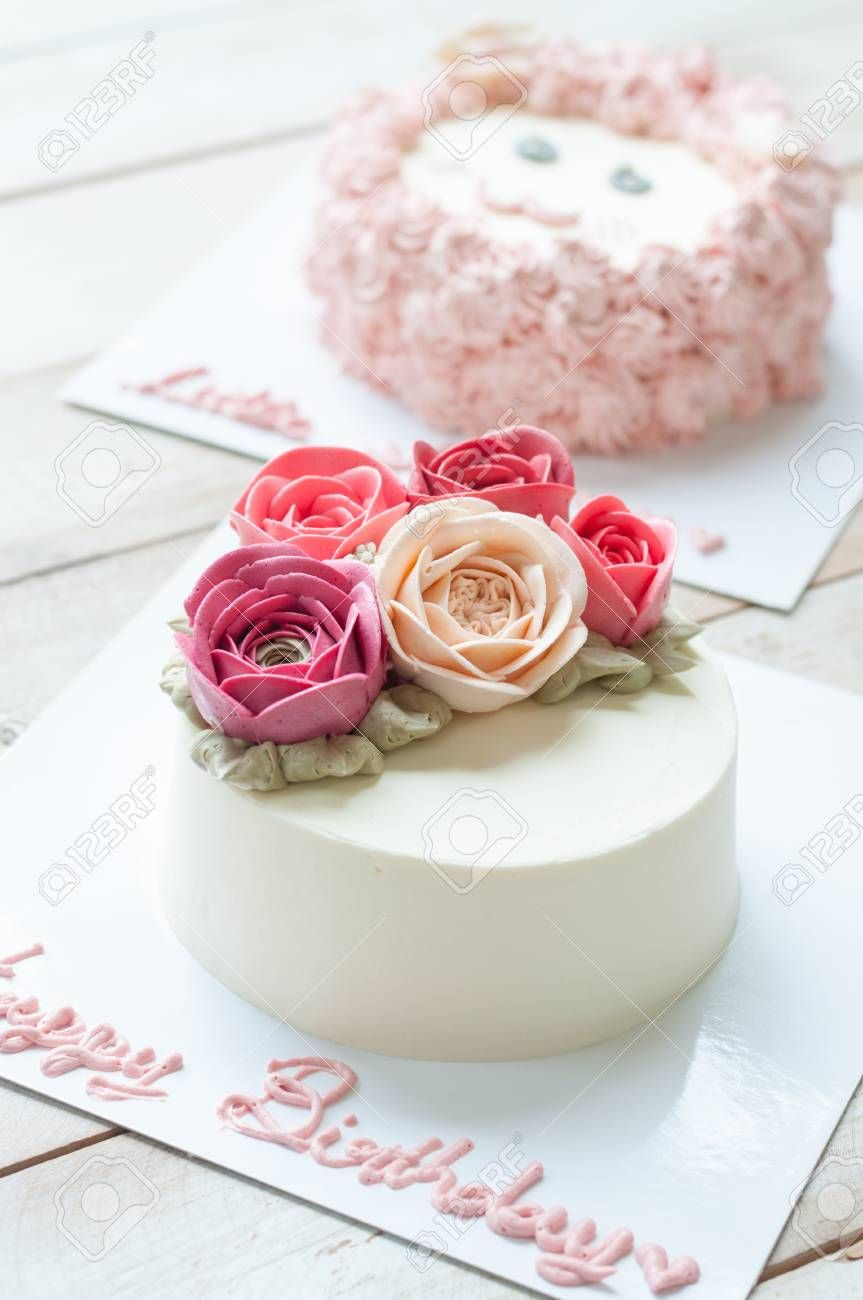 27 Brilliant Picture Of Birthday Flower Cake Entitlementtrap Com Happy Birthday Flower Cake Cool Birthday Cakes Happy Birthday Rose