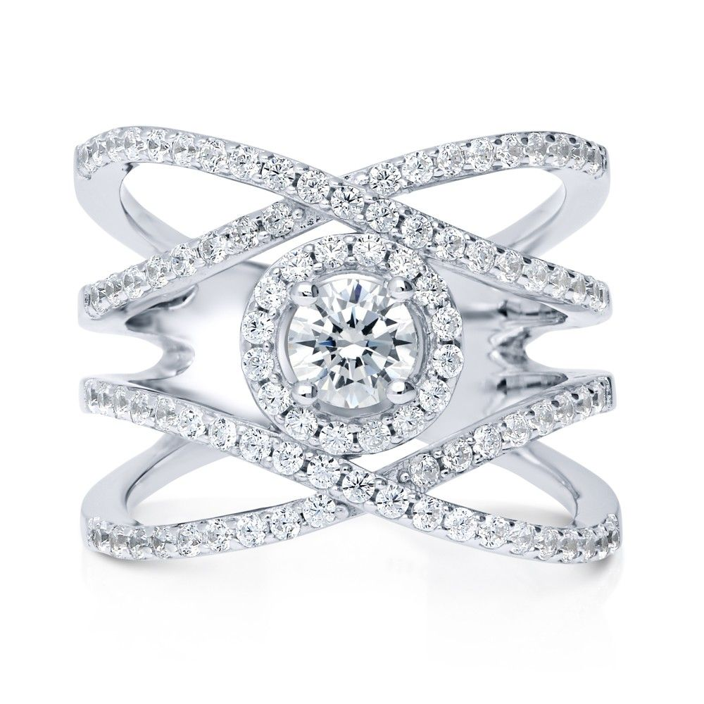 This criss cross ring beautifully fuses classic and trendy