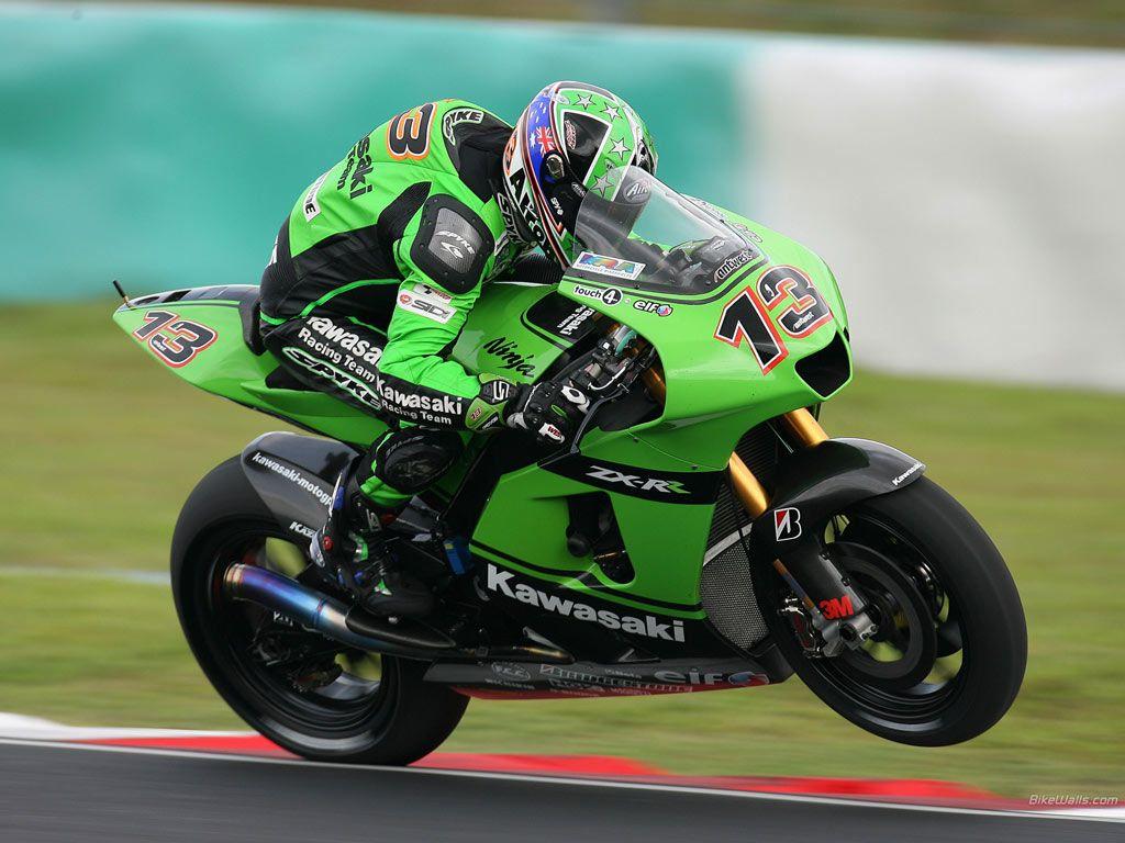 Kawasaki Ninja Zx Rr Motogp Race Sepang 2 1024 X 768 Wallpaper