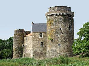 Chateau de saint mesmin region poitou charentes chateaux - Office du tourisme poitou charentes ...