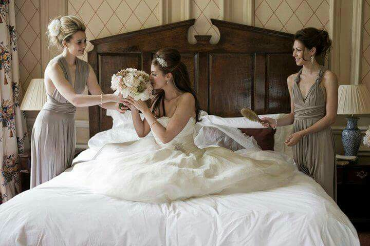 Brides of Winchester - mum outfits