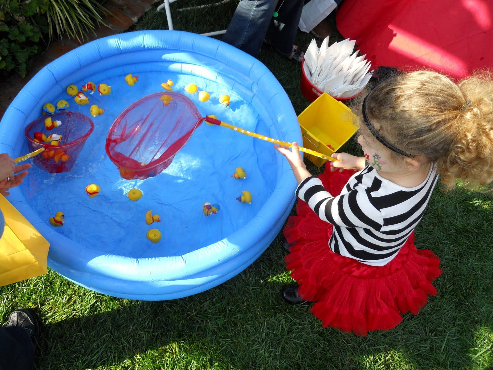 Scoop the ducks game early childhood education for Big fish in a small pond game