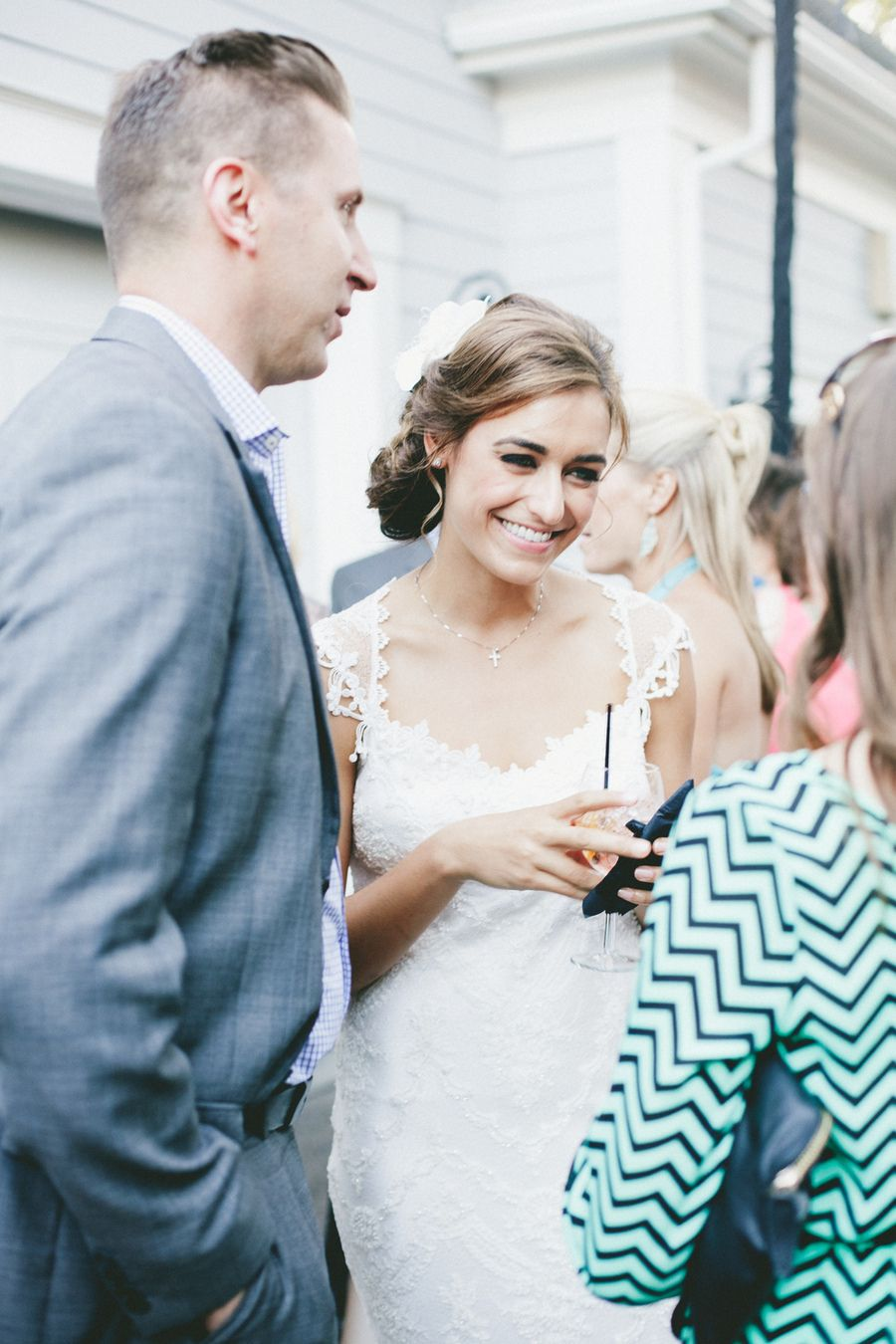 classic backyard wedding from onelove photography claire